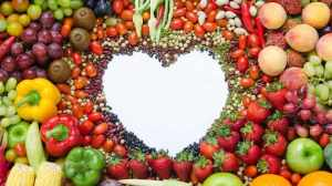 fruits-and-vegetables-formed-into-a-heart-16-x-9